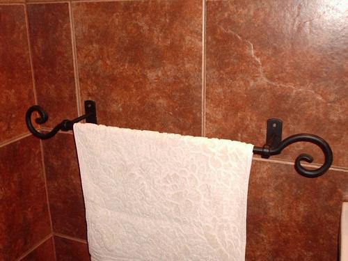 Toallero para ba o en hierro forjado 636 samst precio d for Precio toalleros bano