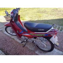 Moto Yazuki 125 Con Muy Poco Uso Tecnologia Honda