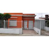 Casa Muy Amplia Y Hermosa Con Dos Dormitorios Y Garage