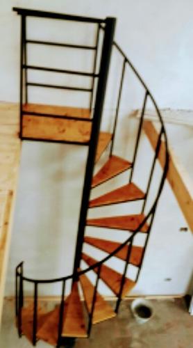 escaleras caracol envios al interior