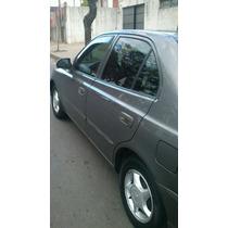 Hyundai Accent 1.5 Gls Full Año 2000