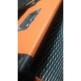 Bafle-guitarra-expansor-diseño-orange.