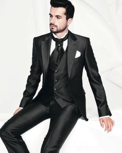 Trajes de ultima moda para hombres for Lo ultimo en moda para hombres