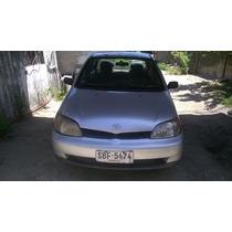 Toyota Yaris Sedan 2001