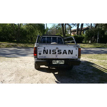 Nissan D21 Chasis Largo A Toda Prueba
