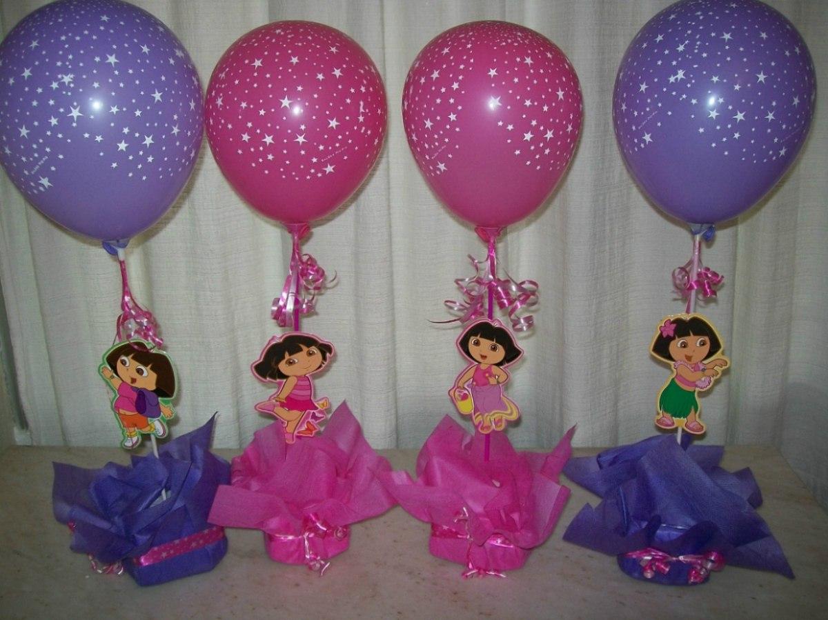 Como hacer centros de mesa con globos para fiestas for Mesas infantiles de plastico