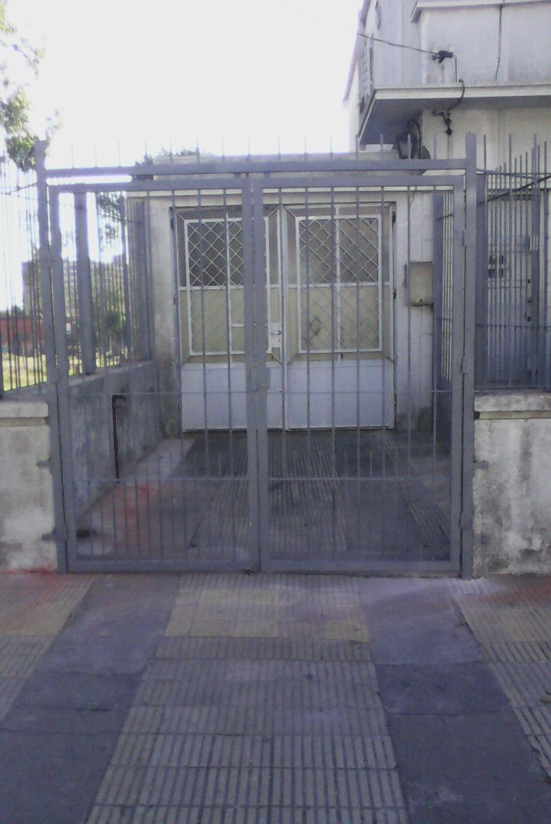 Rejas de herreria pictures to pin on pinterest pinsdaddy - Rejas para puertas ...