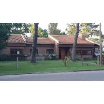 Casa Como Para Dos Familia, En Barrio Paradas, Pada 13 Mansa
