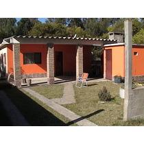Casa Comoda/lugar Tranquilo/proviciones Cerca Y Restoranes..