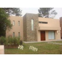 Venta Casa En Barrio Privado (posible Permuta)