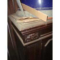 Vitrola De Mueble Entero Muy Antigua Con Su Maquina
