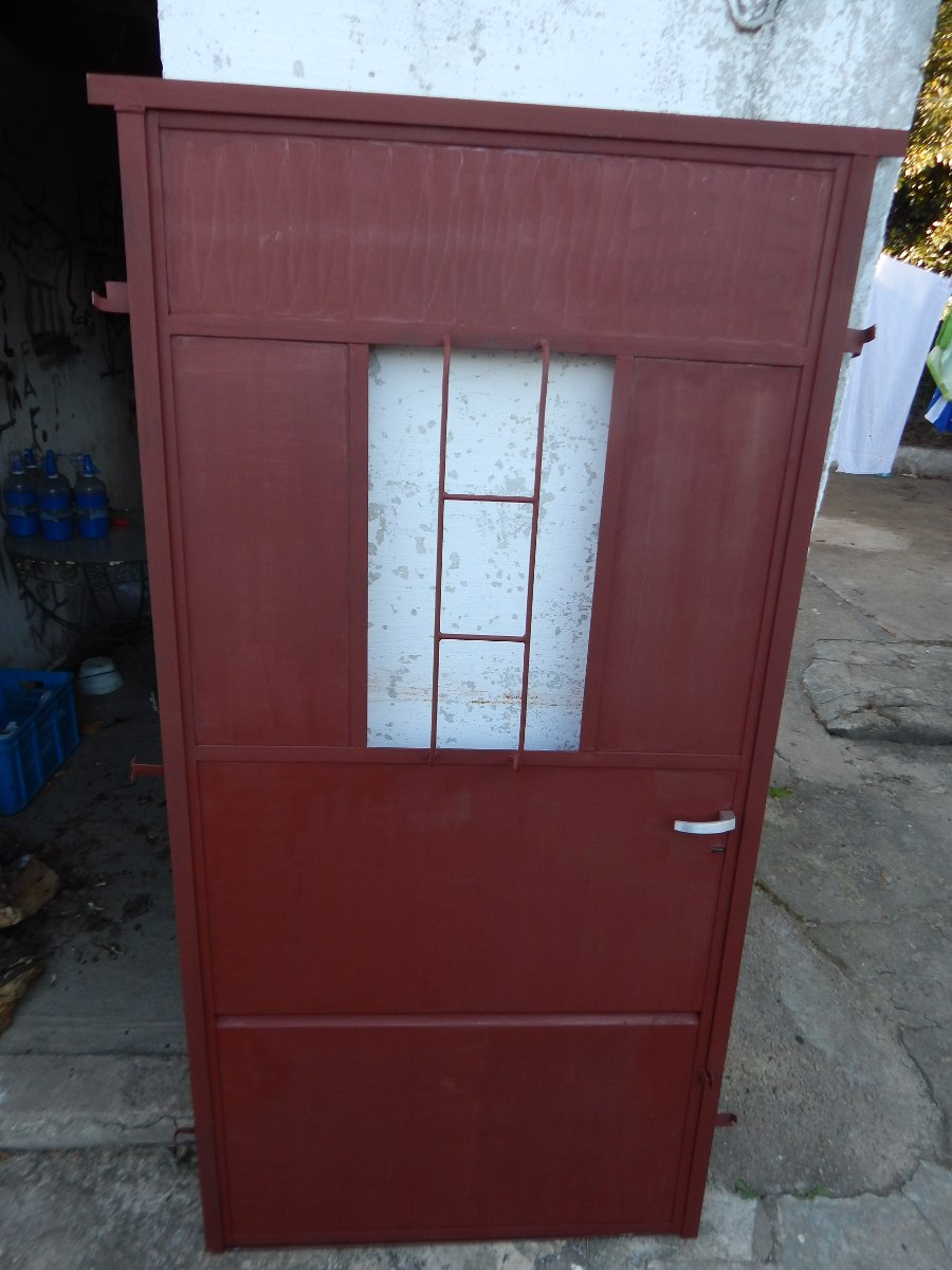 Aberturas puertas exteriores hierro en pisos paredes y - Puertas exterior hierro ...